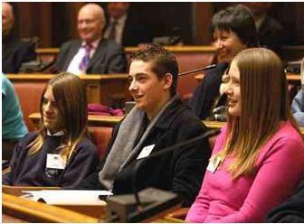 십대 정치가들 권리를 주장하다